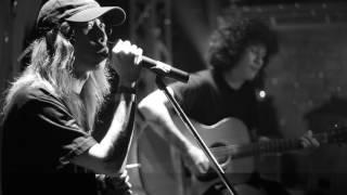 ตอบ (acoustic version)  - Sweet Mullet Live at Parking Toys