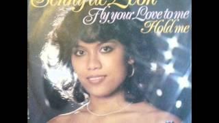 Senny De Leon - Fly Your Love To Me (1979)