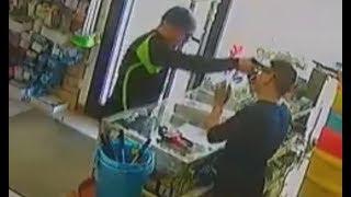 Quartu (CA) - Pistola alla fronte, commerciante mette in fuga rapinatore (02.05.18)