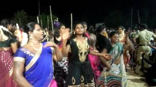 Transgender Dance in Tamil Nadu at Koothandavar Temple