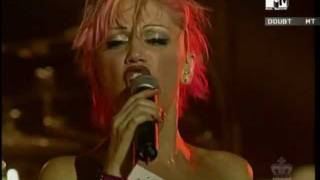 No Doubt - Live in Munich 2000 - 05 - Just a Girl