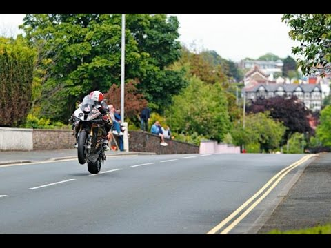 TT Isle of Man 2014 - Jumping at 200mph300kmh - Pure Sound