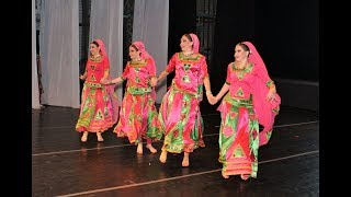 Rangilo Maro Dholna by 4 Russian dancers, Pyar Ke Geet item song, Biru Saraswati, Магия Индии, Биру