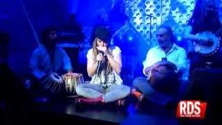 Shakira - Gypsy - Live On RDS