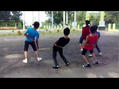 Xxx Mp4 Perform One Direction Versi Anak SMA PGRI Gelumbang 3gp Sex