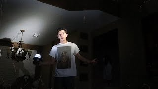 STAYING OVERNIGHT IN A HAUNTED HOUSE WITH NO POWER!! (this happened..)