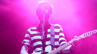 Bry - EVERYTHING (Twenty One Pilots Tour Video)