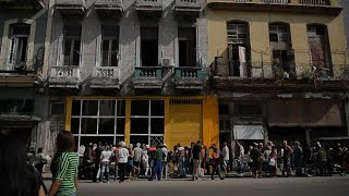 Cubans struggle to find bread after flour shortage
