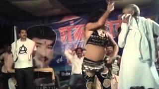 JDU MLA Shyam Bahadur Singh dance with bar girl