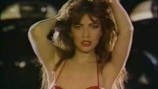 Thalia - Maria Mercedes (Video Oficial)