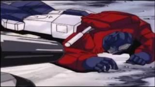 Transformers G1 - Omega Supreme vs Astrotrain