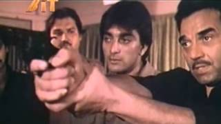 Sanjay and Dharmendra in Hathiyar 1986