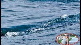 पानी के अंदर तैर रहा था 13 साल का बच्चा, तभी हुआ कुछ ऐसा की...