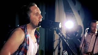 The Iron Horses   April Rain Live BRAND NEW SINGLE VIDEO