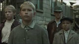 Der Untergang (the downfall) surrender announcement scene