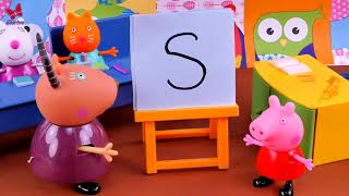 🐷  Peppa Pig and the Small Accident in Preschool 🐷  Story for  kids in english
