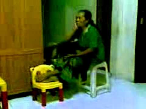 Nenek Lemas sehabis diperkosa dengan pacarnya