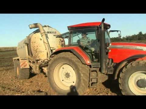 traktor MC CORMICK XTX 215 MIT JOSKIN 20000L