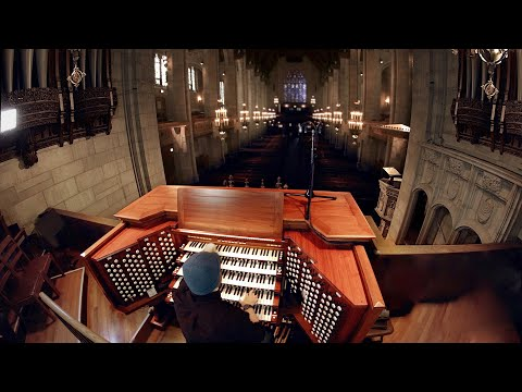 Pipe Organ (An instrument the size of a building) Video Clip