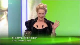 Meryl Streep falls over - BAFTAS 2012