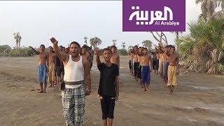 قيادي حوثي يطالب بالتجنيد الإجباري من الوظائف والمدارس