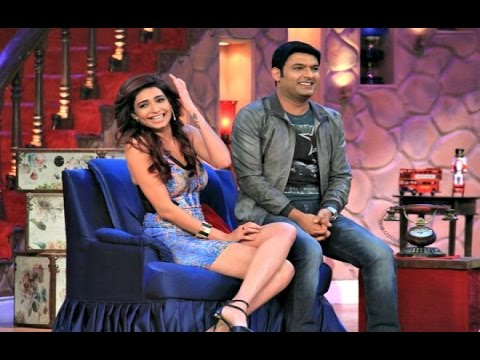 Xxx Mp4 Karishma Tanna Hot In Comedy Nights With Kapil 1st March 2015 3gp Sex