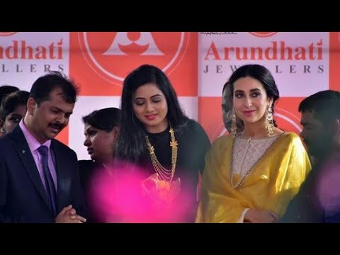 Xxx Mp4 Ollywood Heroine Archita Sahu And Bollywood Heroine Karishma Kapoor Meet Together At Arundhanti Gold 3gp Sex