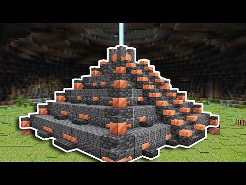I built an UNDERGROUND Pyramid in Minecraft 1.17