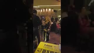 نبيل ناصيف و الراقصة شاكيرا