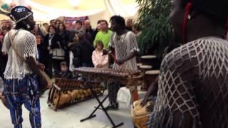 Troupe Doni Doni - Fête Africaine 2013 Yssingeaux au profit de l'association Skippy-club