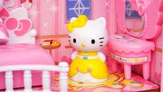 Light Up Dollhouse ! Toys and Dolls Fun Playing with Hello Kitty Princesses
