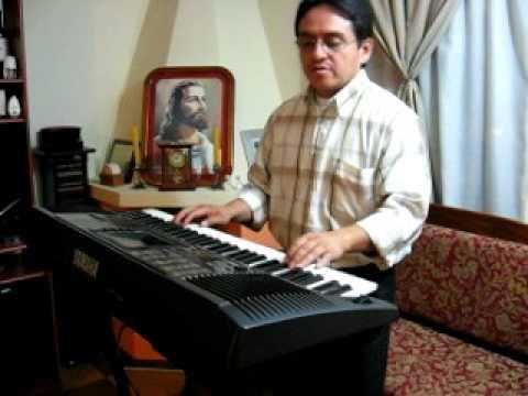 Angel Puruncajas Moliendo café Yamaha PSR 530
