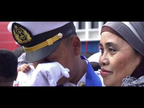 Wisuda Perwira Pelayaran Besar ke-83 Politeknik Ilmu Pelayaran Semarang Angakatan 49 2016