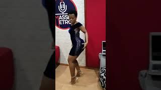 Zodwa Wabantu shuts down DJ Sbu Breakfast on Massiv Metro.