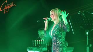 The Iranian  Persian Diva Googoosh Live in Antalya (29 March 2016)