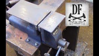 Blacksmithing for Beginners - Making a Welding Vise