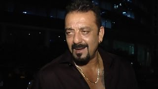 Sanjay Dutt FUNNY REACTION to a reporter
