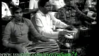 Madhuban Main Radhika   Mohammad Rafi Live With Naushad