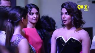 SUNNY LEONE AND PRIYANKA CHOPRA meet at an Awards function