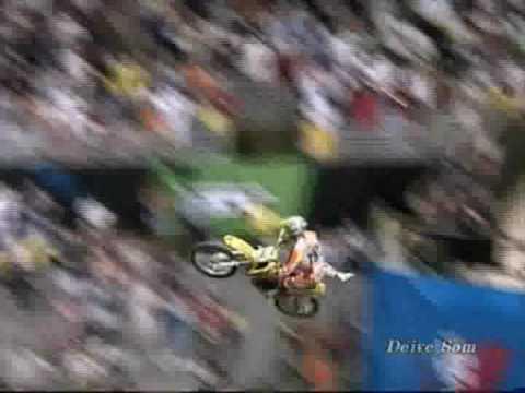 Acidentes e show com motos freestyle motocross