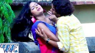 HD खाजा खाजा धीरे धीरे खाजा - Madhubala Kara Jan Halla - Love Marriage - Bhojpuri Hot Songs 2015 new