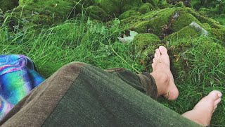 The Benefits Of Being Barefoot!  (barefoot living)