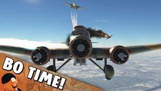 "War Thunder - S.M.81 Pipistrello ""Punching A Plane"""