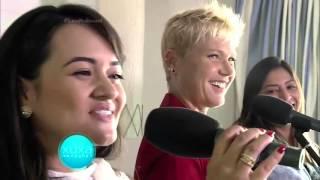 Xuxa invade show de Jorge e Mateus e surpreende fãs