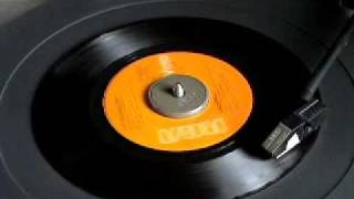 MOONGLOWS - SINCERELY.wmv