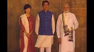 PM Modi, Japanese PM Shinzo Abe and his wife Akie Abe at 'Sidi Saiyyid Ni Jaali'
