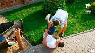 Nea Marin l-a alergat pe Liviu până l-a lăsat în chiloţi!