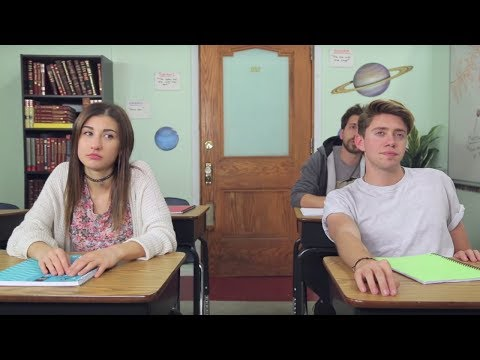 Back To School: GUY VS GIRL