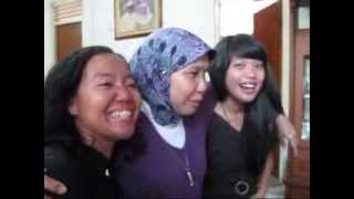 Bunga Rampai TiVi 1565 Om MuslimTante Ridha,Resti pas hari keberangkatan Ira bag 4 2010