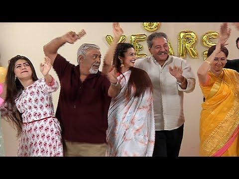 Yeh Hai Mohabbatein 5 Years Celebration - Divyanka Tripathi, Karan Patel, Aditi Bhatia
